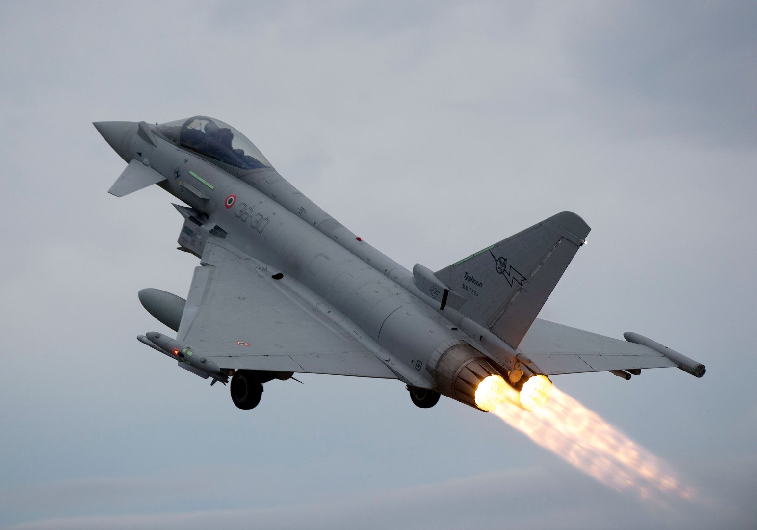 eurofighter-typhoons-at-gioia-del-colle-1534